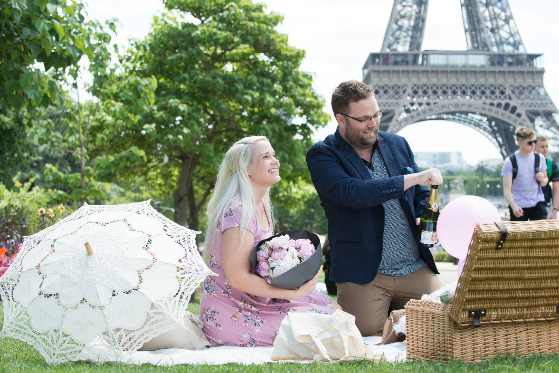 Paris secret proposal eiffel tower